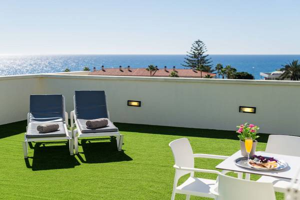 Suite with private solarium and sea views new folias hotel gran canaria