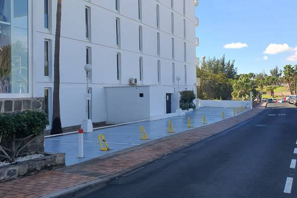 Parking exterior hotel new folias gran canaria